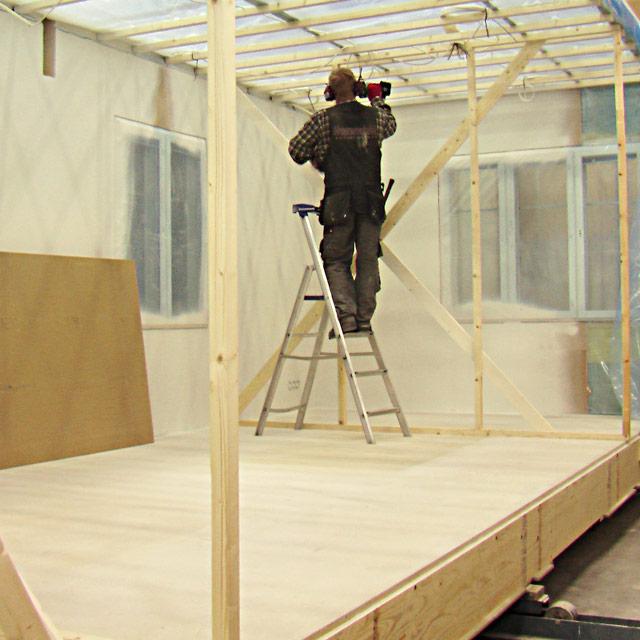 talopaketin rakentaminen talotehtaassa